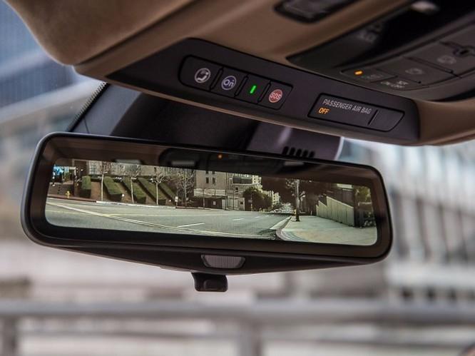 Điểm danh 9 mẫu sedan có công nghệ tiên tiến nhất 2017 ảnh 18