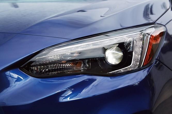 Điểm danh 9 mẫu sedan có công nghệ tiên tiến nhất 2017 ảnh 23