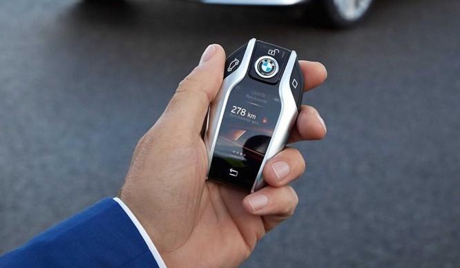 Điểm danh 9 mẫu sedan có công nghệ tiên tiến nhất 2017 ảnh 29