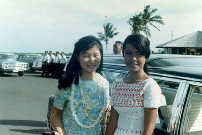 Cá tính quyết đoán của bà Park được cho là chịu ảnh hưởng nhiều từ người mẹ. Trong suốt những năm học trung học, bà Park luôn đứng đầu lớp. Chỉ số IQ của bà là 127.