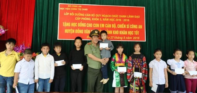 Tướng Long: Tận hiến vì sự nghiệp trồng người ảnh 1