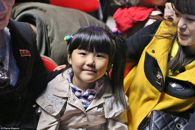 Những hình ảnh hiếm hoi về cuộc sống yên bình của trẻ em Triều Tiên ảnh 20