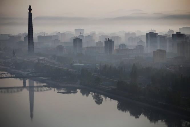 Choáng ngợp trước những công trình hoành tráng của Triều Tiên ảnh 4