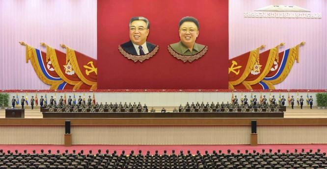 Choáng ngợp trước những công trình hoành tráng của Triều Tiên ảnh 6