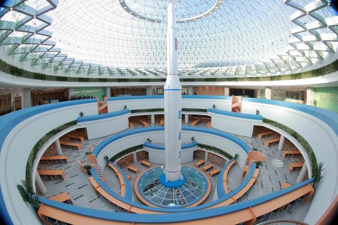 Choáng ngợp trước những công trình hoành tráng của Triều Tiên ảnh 20