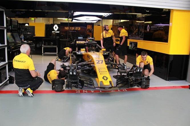 Cận cảnh những cỗ máy bốn bánh nhanh nhất hành tinh tại Singapore Grand Prix ảnh 5