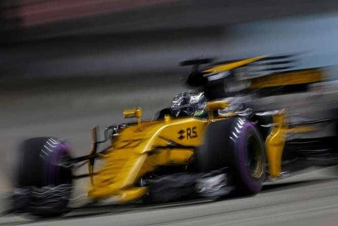 Cận cảnh những cỗ máy bốn bánh nhanh nhất hành tinh tại Singapore Grand Prix ảnh 3