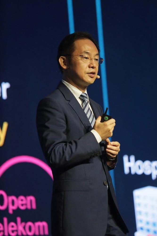 TS. Howard Liang, Phó Chủ tịch cấp cao của Huawei và Chủ tịch Cộng đồng Open ROADS, phát biểu khai mạc.