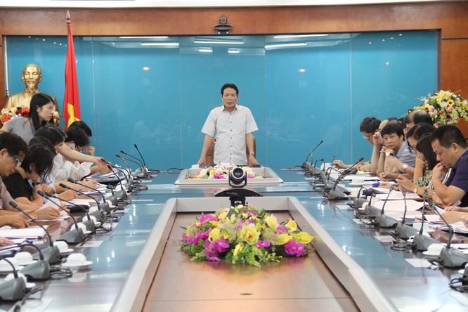 Thứ trưởng Bộ TT&TT Hoàng Vĩnh Bảo phát biểu kết luận cuộc họp.