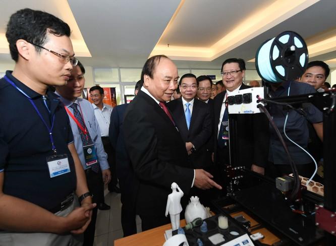 """Thủ tướng: Khu Công nghệ cao TPHCM cần trở thành """"thung lũng Silicon"""" khu vực ảnh 2"""