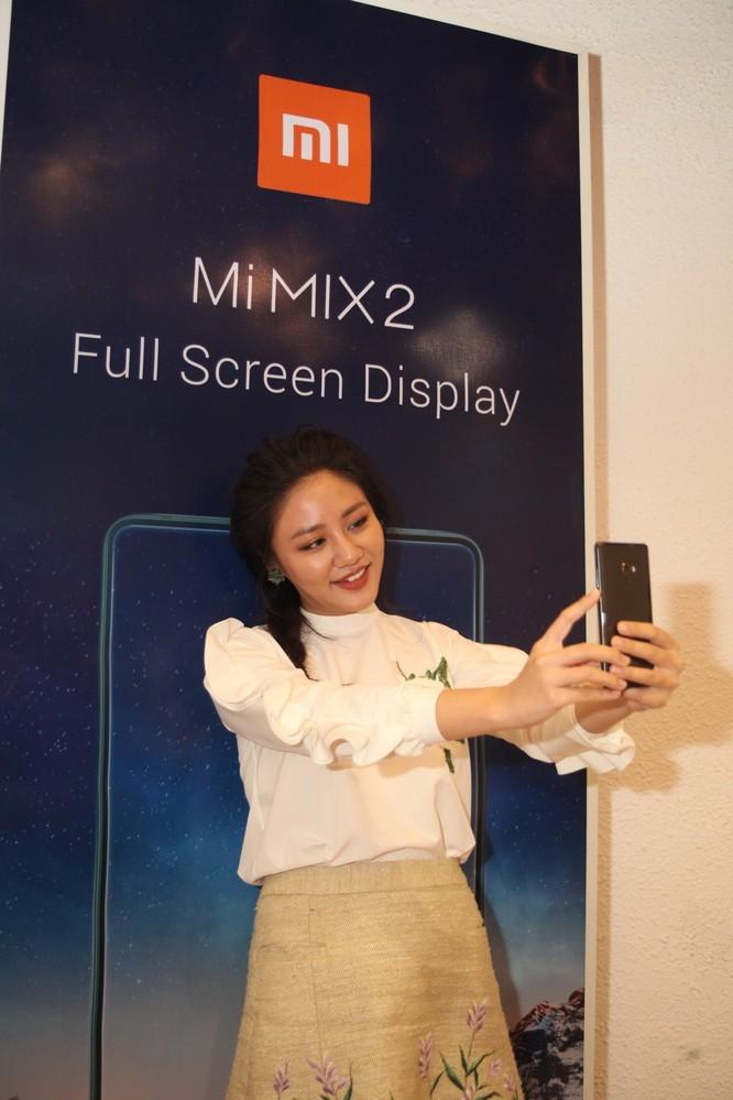 Ra mắt Mi MIX 2 và Redmi Note 5A Prime, giá lần lượt 12,99 triệu đồng và 4,29 triệu đồng ảnh 2
