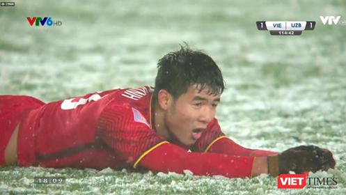 """U23 Việt Nam trở thành """"người hùng"""" mới của bóng đá châu Á ảnh 1"""