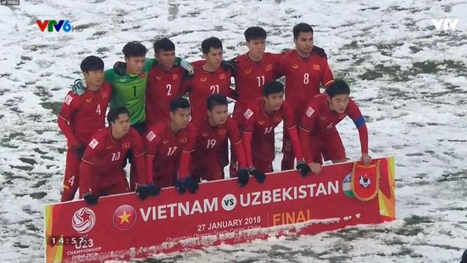"""U23 Việt Nam trở thành """"người hùng"""" mới của bóng đá châu Á ảnh 12"""