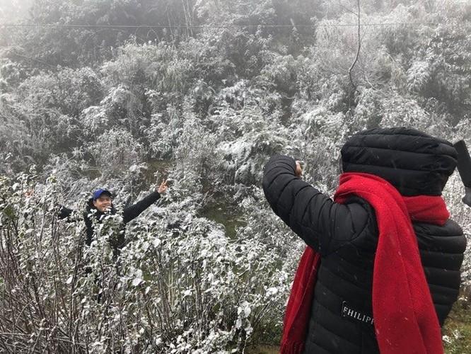Video: Tuyết rơi dày phủ trắng Sapa ảnh 5