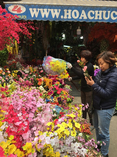 Chợ hoa Hàng Lược nhộn nhịp những ngày cuối năm ảnh 13