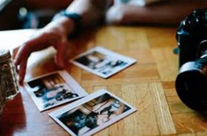 Hình ảnh và clip trong thiết bị cá nhân là nguồn khai thác để tống tiền của tội phạm mạng.