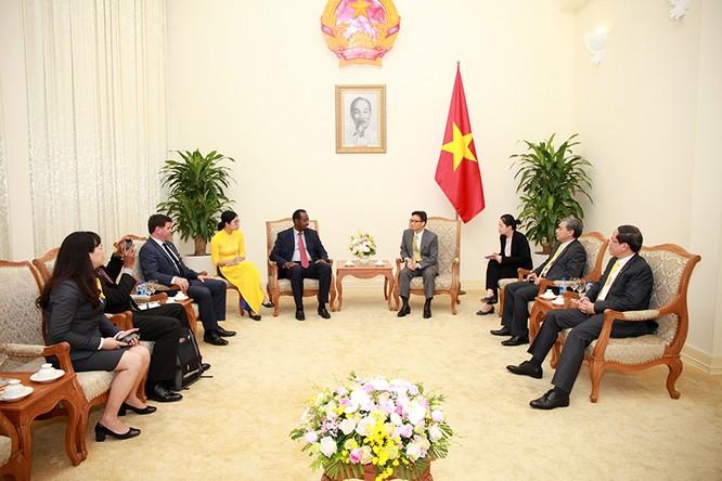 Tổng Giám đốc UPU: Bưu chính Việt Nam là tấm gương đổi mới ảnh 1
