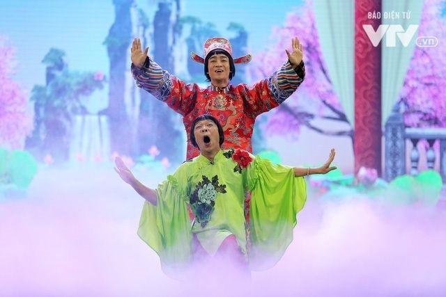 Hình ảnh Trung ruồi - Đỗ Duy Nam trong trang phục Nam Tào - Bắc Đẩu 2018. Ảnh: VTV.