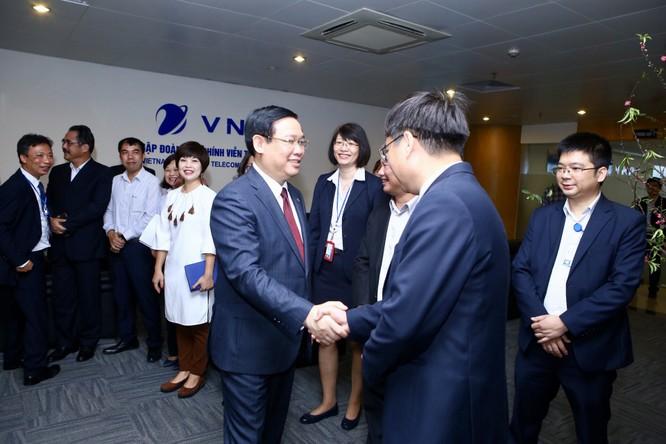 Hơn 37 ngàn lao động của VNPT hưởng thu nhập trung bình 28 triệu đồng/tháng ảnh 1