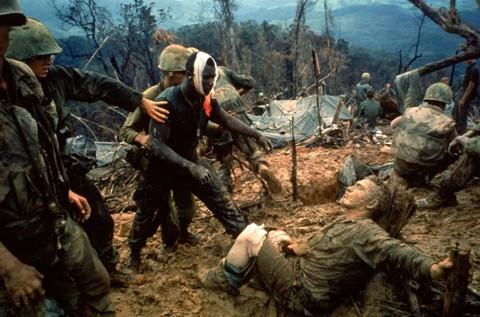 Lính Mỹ bị thương trên chiến trường Việt Nam