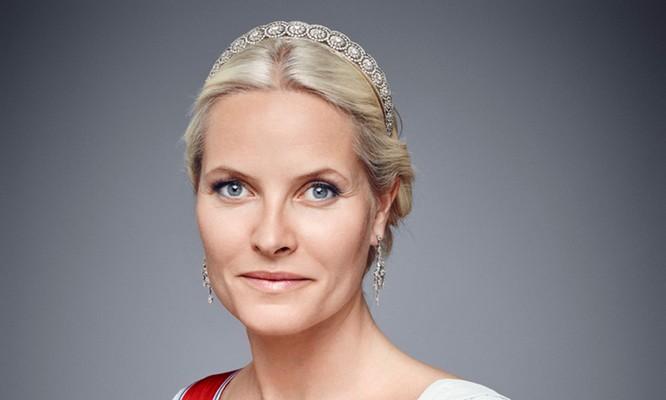 Những nàng công chúa hoàng gia xinh đẹp và quyền lực nhất thế giới ảnh 14