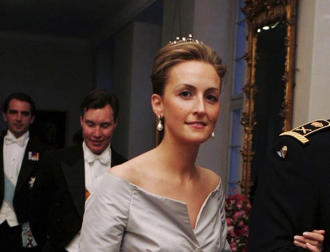 Những nàng công chúa hoàng gia xinh đẹp và quyền lực nhất thế giới ảnh 4