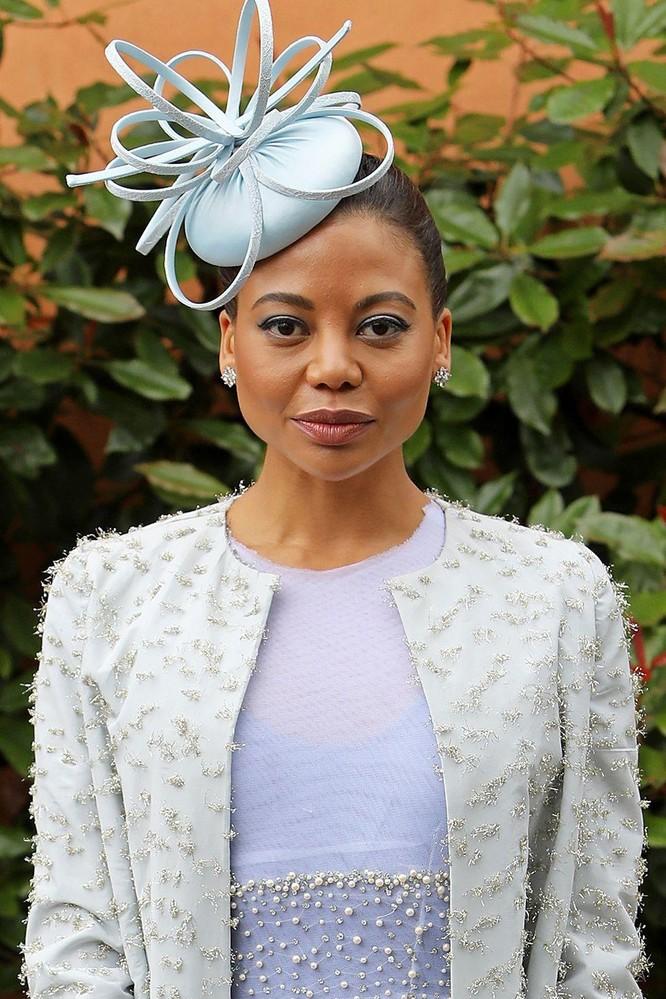 Những chiếc mũ gây ấn tượng nhất từ Royal Ascot 2019 ảnh 9