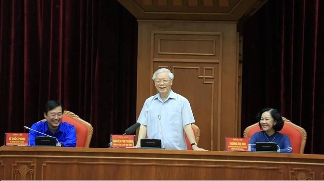 Tổng Bí thu, Chủ tịch nước Nguyễn Phú Trọng phát biểu tại buổi gặp mặt.