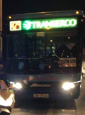 Hà Nội: Tạm đình chỉ lái và phụ xe buýt tuyến 47B đánh người ảnh 1