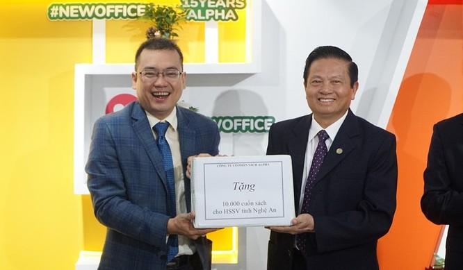 Chủ tịch Alpha Books Nguyễn Cảnh Bình: Internet không hạn chế mà mở ra không gian mới cho ngành xuất bản ảnh 4