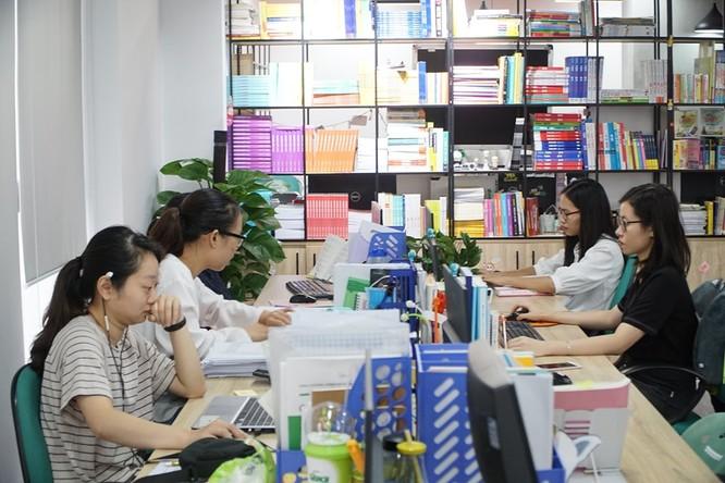 Chủ tịch Alpha Books Nguyễn Cảnh Bình: Internet không hạn chế mà mở ra không gian mới cho ngành xuất bản ảnh 3