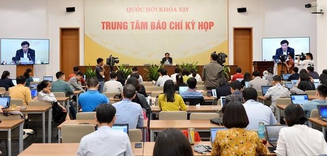 Bộ trưởng Nguyễn Mạnh Hùng sẽ đăng đàn trả lời chất vấn về quản lý báo chí, mạng xã hội ảnh 1