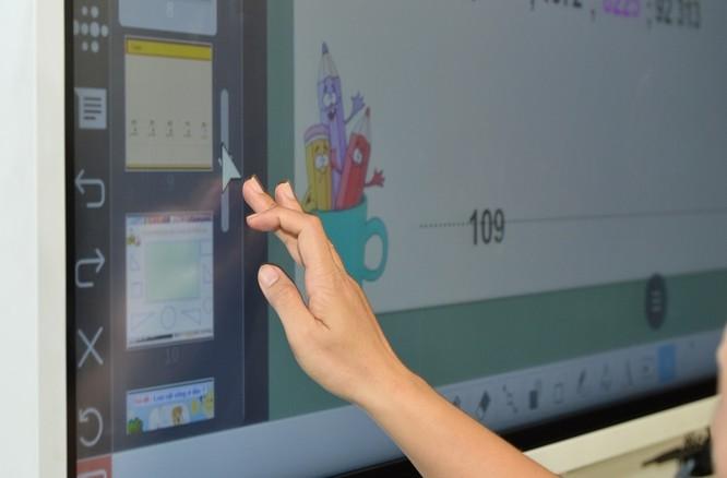 Samsung và CMC giới thiệu giải pháp thông minh cho hội họp với bảng đa năng Flip2 ảnh 1