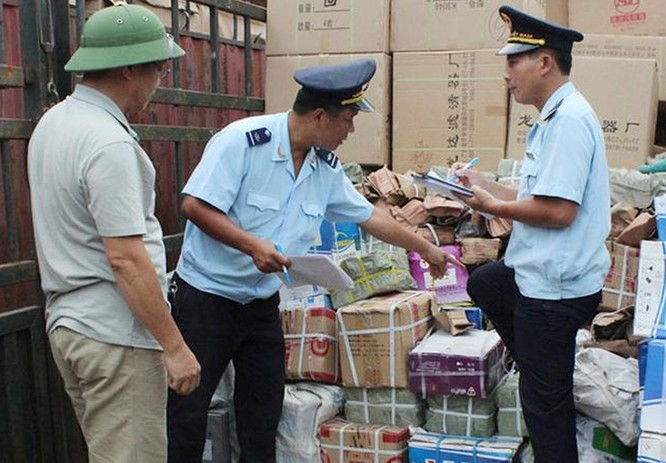 Không để Việt Nam trở thành điểm trung chuyển hàng hóa gian lận ảnh 2