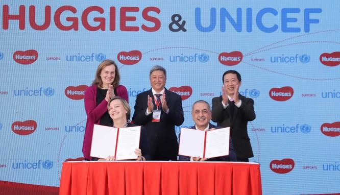 UNICEF và Huggies công bố dự định hợp tác tại Việt Nam