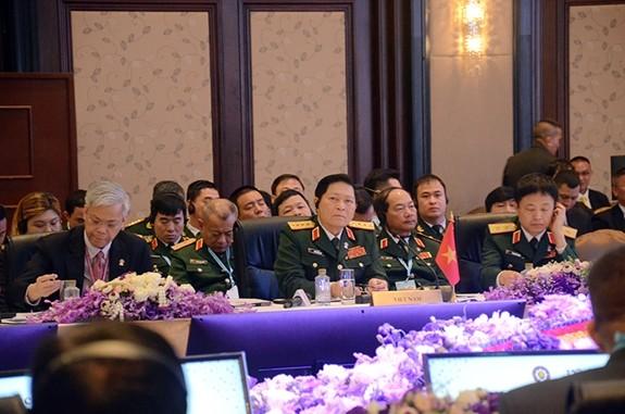 Bộ trưởng Ngô Xuân Lịch tại Hội nghị ADMM-13.