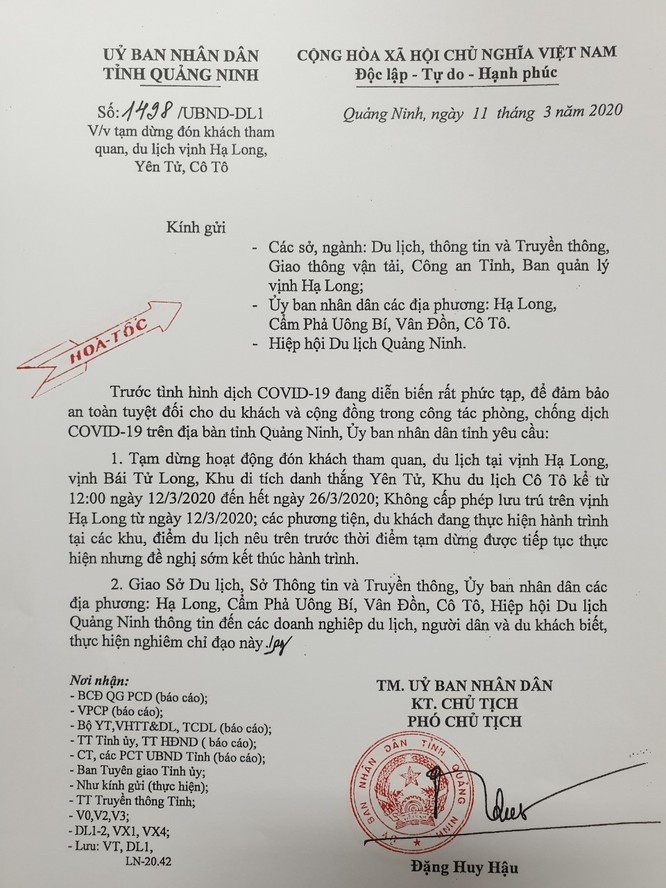 Quảng Ninh: Ngừng tham quan vịnh Hạ Long, các di tích từ ngày 12/3 ảnh 1
