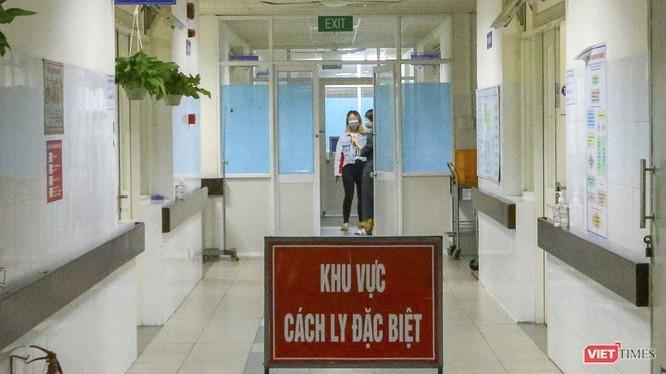 Ca COVID-19 thứ 35: Hai lần đến bệnh viện vẫn được cho về nhà ảnh 2