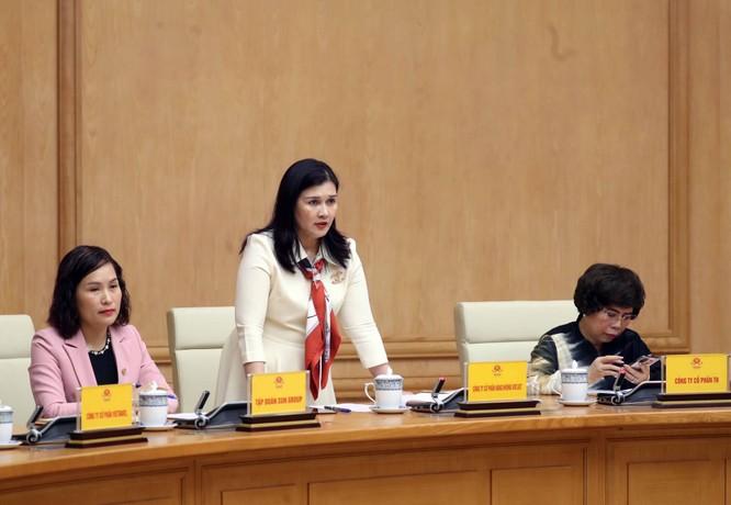 Thủ tướng Nguyễn Xuân Phúc: Dịch bệnh làm khó khăn gấp đôi, ta phải cố gắng gấp ba ảnh 2