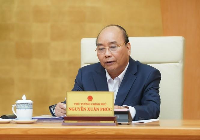 Thủ tướng Nguyễn Xuân Phúc phát biểu tại cuộc họp. Ảnh: VGP.
