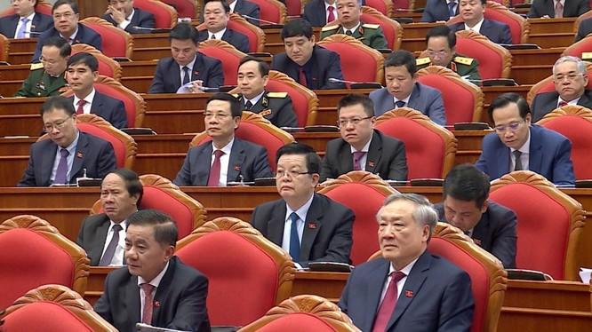 Ông Nguyễn Phú Trọng chủ trì Hội nghị lần thứ I Ban Chấp hành Trung ương Đảng khoá XIII ảnh 13