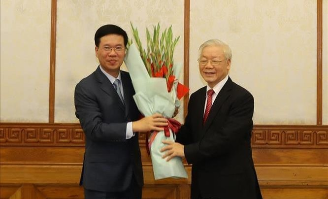 Ông Võ Văn Thưởng giữ chức Thường trực Ban Bí thư, ông Trần Tuấn Anh làm Trưởng ban Kinh tế T.Ư ảnh 2