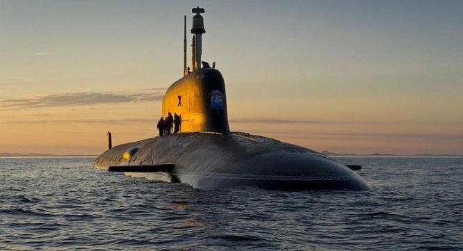 Yasen đối đầu Virginia: Tàu ngầm mới nhất của Nga tốt hơn của Mỹ ở điểm nào? ảnh 1