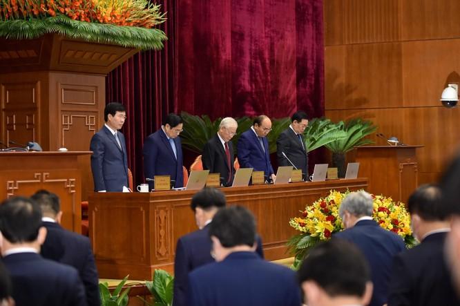 Hội nghị Trung ương 4 bổ sung những điều đảng viên không được làm ảnh 1