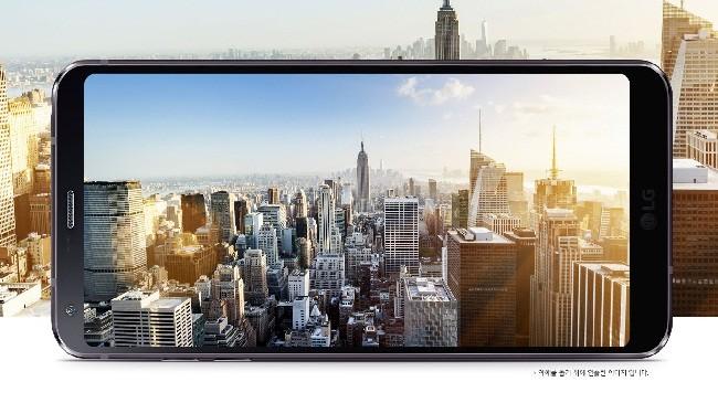 Quên iPhone X đi, 5 smartphone này mới hợp túi tiền! ảnh 4