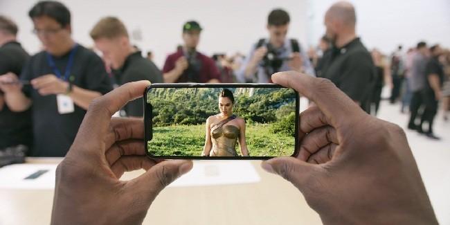 Tại sao bạn nên chọn iPhone X thay vì iPhone 8? ảnh 7