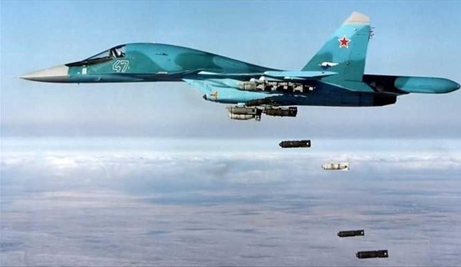 Chiến đấu cơ Su-34 Nga dội bom diệt mục tiêu khủng bố tại Syria