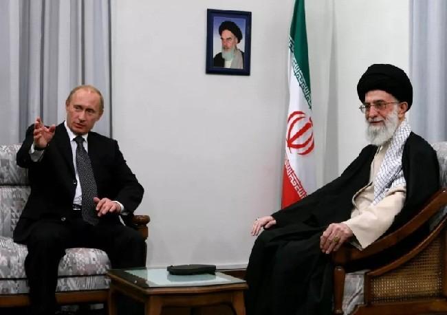 """Ra đòn Syria, Nga đẩy Mỹ """"châm lửa"""" mặt trận mới ở Trung Đông ảnh 1"""