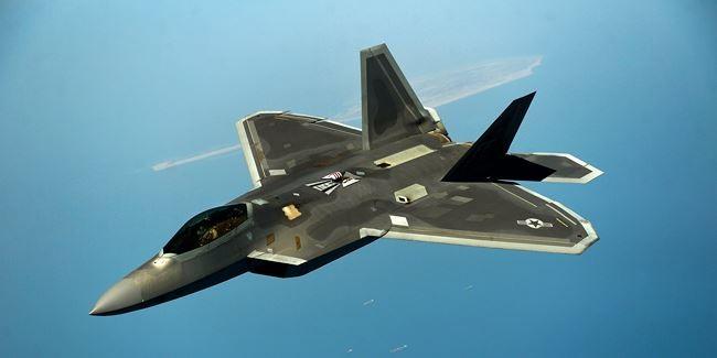 """""""Sát thủ"""" S-400 Nga sẽ xơi tái máy bay tàng hình Mỹ? ảnh 2"""