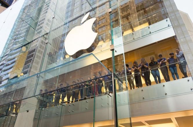 iPhone 8/ iPhone 8 Plus chính thức bán ra: nụ cười trên gương mặt người mua ảnh 2
